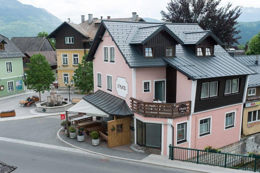 Amade și Highline Antracit – Pensiune, Austria