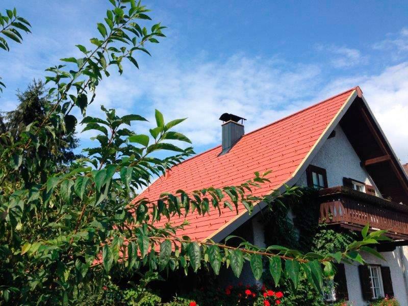 Amade Cărămiziu – Casă privată, Austria